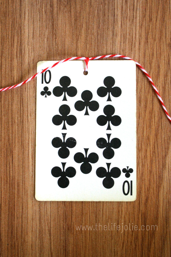 This DIY Card Garland is perfect for an Alice in Wonderland theme event, a card party or a casino night and it's super easy to make. Click on the photo to read more...