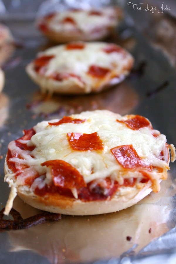 These Freezer Friendly Pizza Bagels are quick and easy to assemble- they taste really great and are the perfect grab-and-go snack option. Click on the photo to read more...