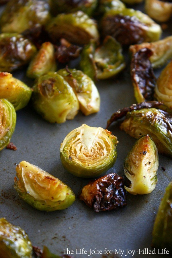 Roasted Brussels Sprouts with Bacon and Apples | The Life Jolie