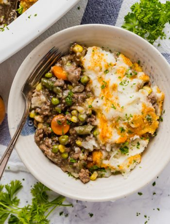 This is the best Shepherd's Pie recipe! It's so easy to make and comes together pretty quickly as well. It's a super simple mix of beef, vegetables and mashed potatoes that is sure to please the whole family!