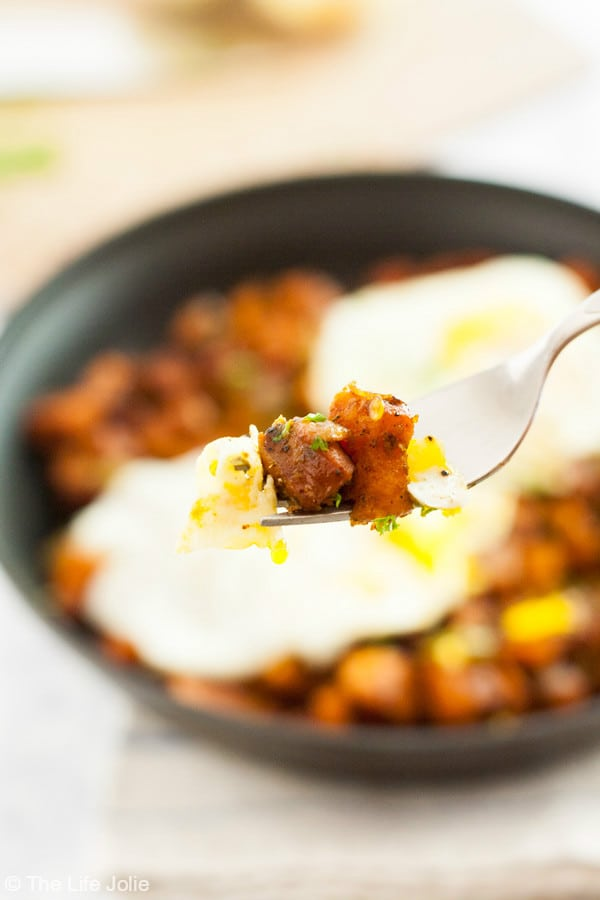 This Sweet Potato and Chorizo Hash recipe is healthy and delicious. It's really quick and simple to make and tastes even better when served with eggs! It's an easy breakfast option that reheats really well! Click on the photo to get the recipe!