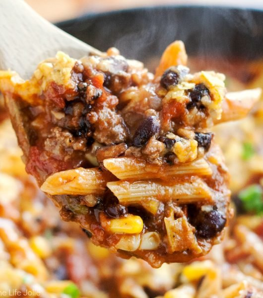 20 Minute Taco Pasta is such an easy one pot recipe. This tasty dinner is made in one skillet with ground beef and Barilla Pronto Penne Pasta. It's creamy, cheesy and full of great flavor that the whole family will love!