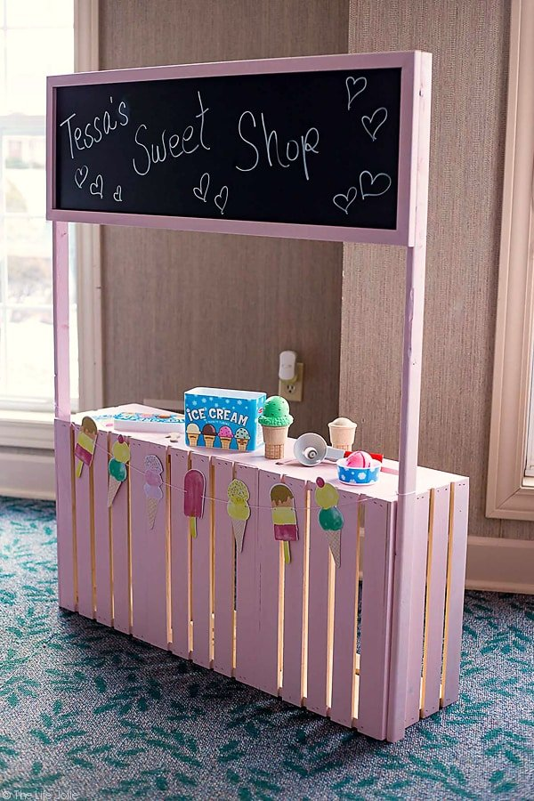 How To Make A Diy Play Stand