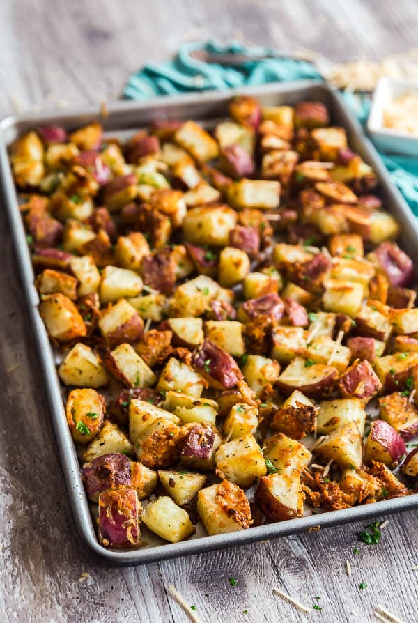A pan full of Parmesan Garlic Roasted Potatoes.