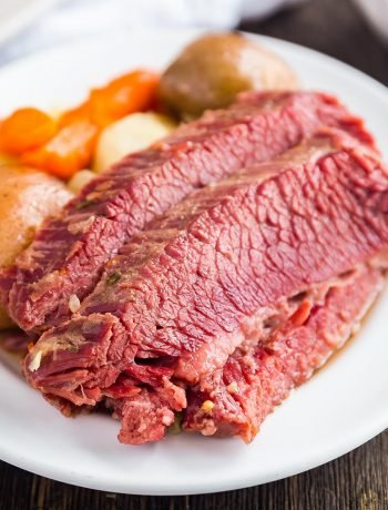 A square image of Easy Corned Beef and Cabbage.
