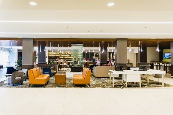 Common area at DoubleTree Syracuse