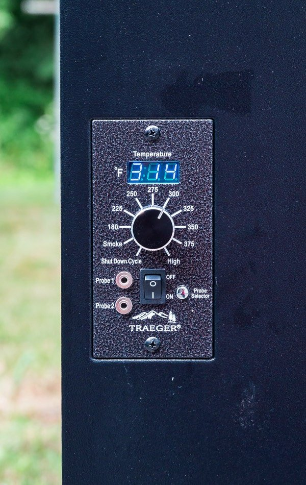 temperature dial on Traeger grill