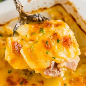 Scalloped Potatoes and Ham Casserole is an excellent way to use leftover holiday ham. Cheesy, creamy and super easy to make, it's a dinner the whole family will love!