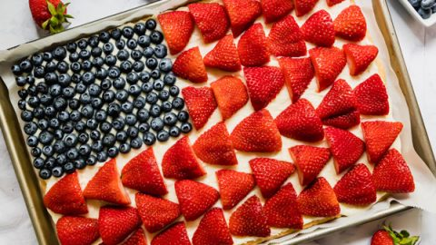 American+Flag+Fruit+Pizza